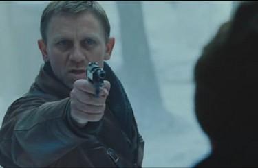defiance -daniel craig pistolet neige
