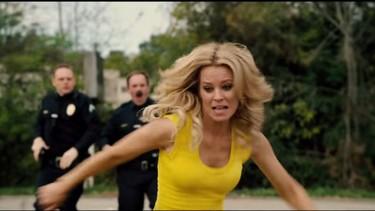blackout total - blonde fuite police