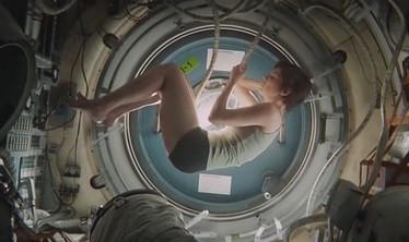 gravity - sandra bullock espace