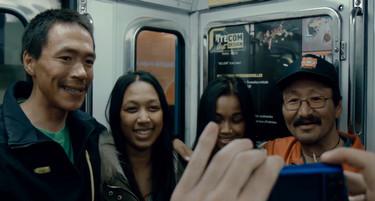 inupiluk - inuit dans le metro